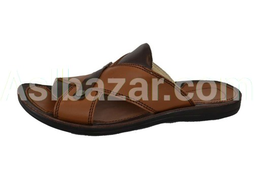 Model number 102 upper material natures. Leather Lining natures. leather Sole P L Method of attachment molding sizes 38-44