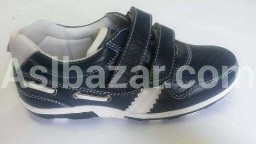 Модель кроссовок 071